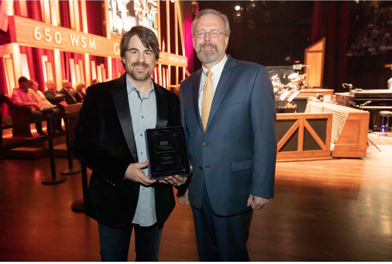 Country Artist Jimmy Wayne Receives National Foster Care Award